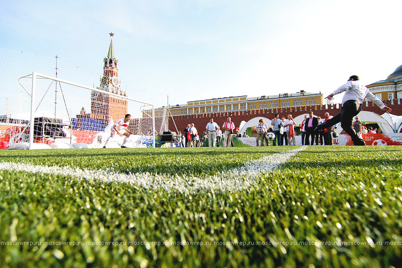 Москва, Московский репортаж, Красная площадь, Военно-спортивный фонд, ГТО, 80 лет, баскетбол, футбол