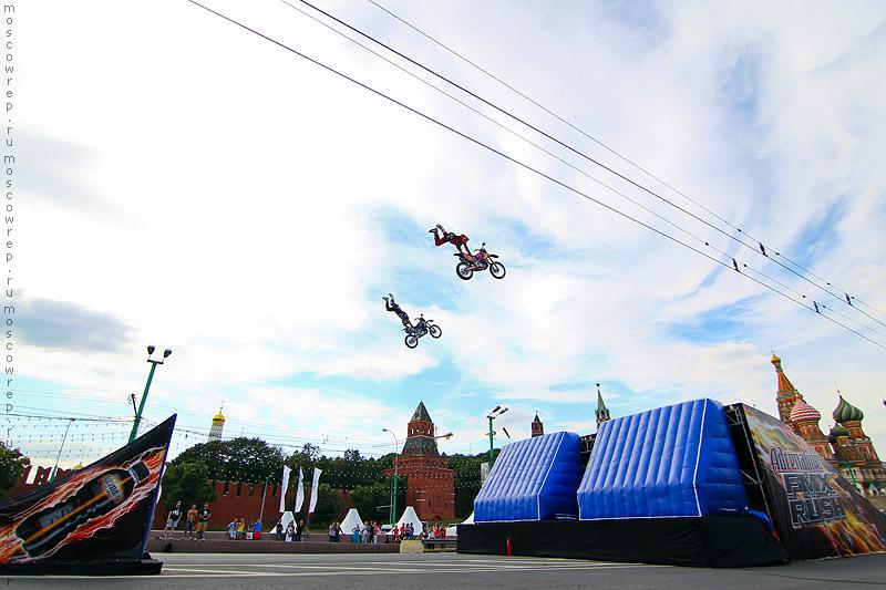 Московский репортаж, Москва, Moscow City Racing