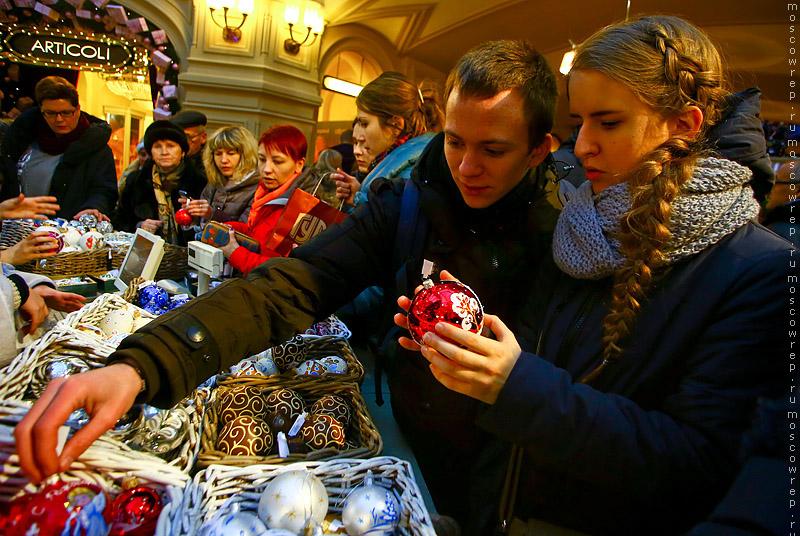 Москва, Московский репортаж, ГУМ, Новый год, ярмарка у фонтана