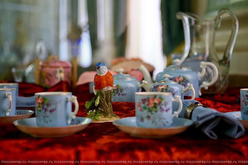 Московский репортаж, Москва, Люблино, Пасха, Звонкая радость Фарфор и хрусталь в убранстве пасхального стола
