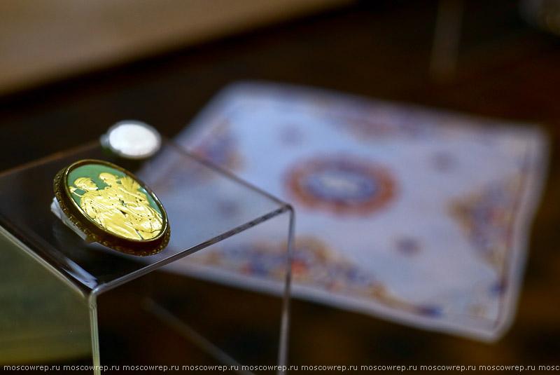 Москва, Московский репортаж, Музей моды, На шумных улицах московских