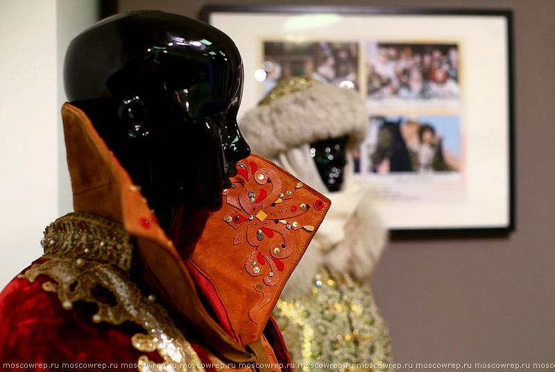 Московский репортаж, Москва, Сказочная мастерская: костюмы к фильмам Киностудии им. Горького, ВМДПНИ