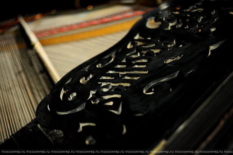 Московский репортаж, Москва, Музей Москвы, Покинутый дом: кунсткамера московских роялей, Приют роялей