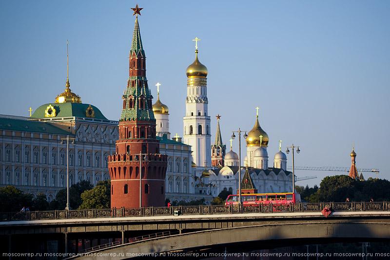 Московский репортаж, Москва, Пречистенская набережная, Парки Москвы